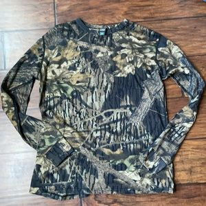 LL Bean - camouflage knit crew long sleeve shirt